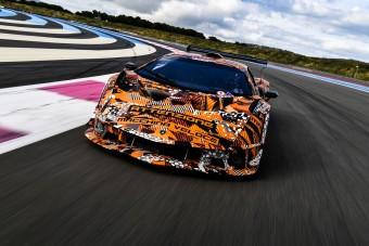 Versenypályán a helye a Lamborghini hiperautójának