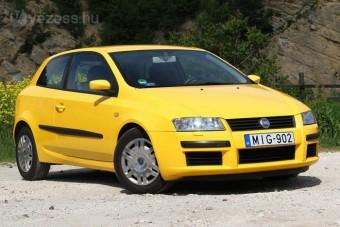 Érdemes tizenöt éves használt olasz autót venni?