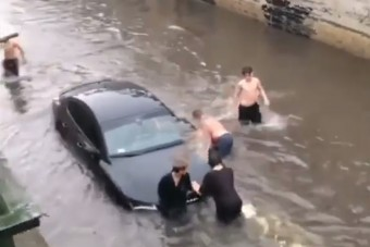 Így mentették ki a Kecskeméten vízbe fojtott Audit