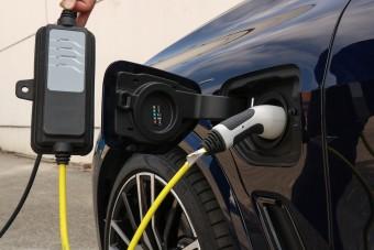 Egy nap alatt elfogyhat az ötmilliárdos állami villanyautó-támogatás