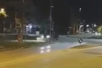 Hatalmas lebőgés egy győri körforgalomban: balesetbe fulladt a