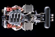 Törötten, hiányosan is 1,2 milliót ér egy Ferrari F40 motorházfedele 4