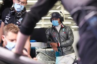 Szomorú fotók az F1-es tesztről, ez az új normális