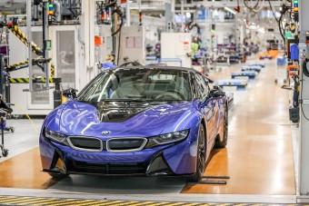 Több ezer embert küld el a BMW