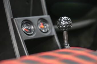Veterán a gyorsítósávban