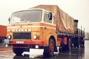 Újra gyártana civil teherautókat a keleti blokk ikonja