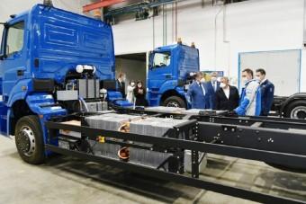 Ezt is megértük: villany teherautókat fejleszt a Kamaz