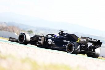 F1: Félezer km-t pörgetett le a Renault kedden