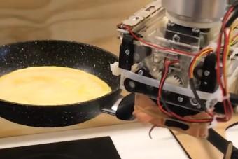 Sikeresen megtanítottak egy robotot omlettet készíteni