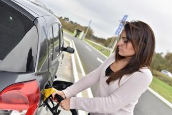 Szerdán csökken az üzemanyagok ára itthon