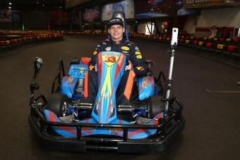 Már versenypályán készülnek az F1-esek