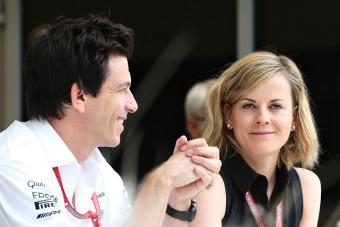 F1: A Merci-főnök neje is beleszól Vettel jövőjébe