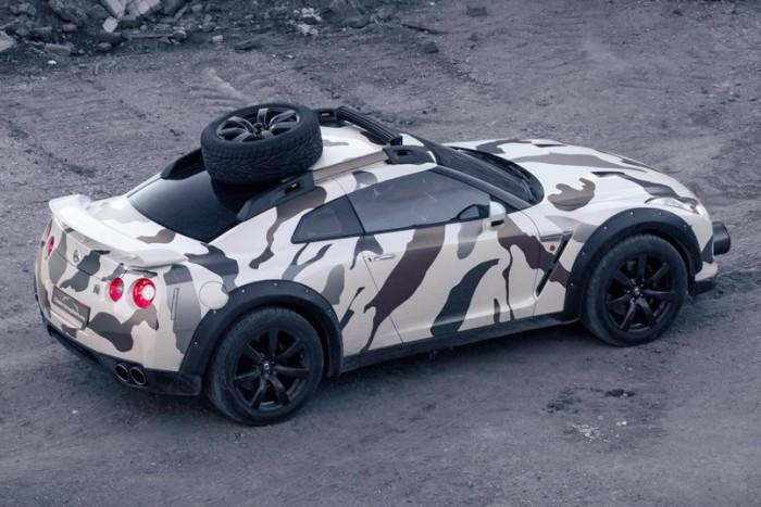 Terepjárót faragtak a Nissan GT-R-ből 2