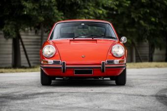 Új motor fejlesztéséhez használták a mandarin színű Porsche 911S-t