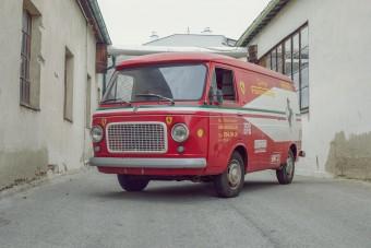 A belga Ferrari-kereskedő kopott furgonja