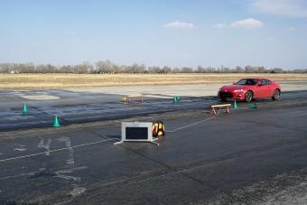 Egyedülálló vezetéstechnikai képzés indul itthon