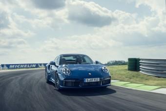 2,8 másodperc alatt gyorsul a lassabb 911 Turbo