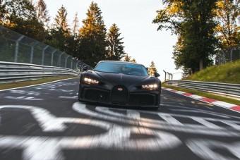 A Nürburgringen hajtják az 1500 lóerős Bugatti Chiron Pur Sportot