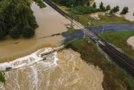 Így mosott el az áradás egy hidat Somogyban 1