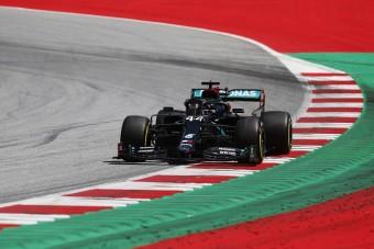 F1: Gondokat okozhat a Mercedes fekete festése