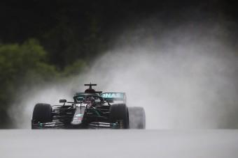 F1: Hamilton nyerte az esős stájer időmérőt