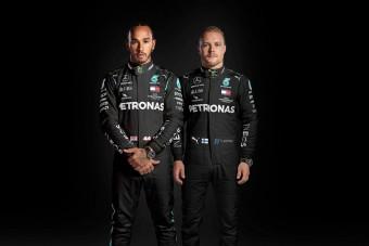 F1: Feketébe öltöztek Hamiltonék