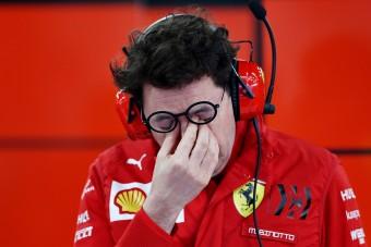 F1: Kínos helyzetben videózták a Ferrari-főnököt