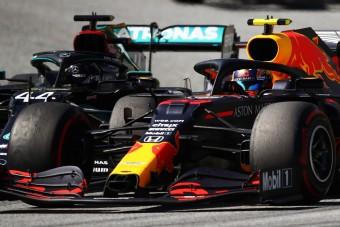F1: Hamilton a büntetés ellenére nem érzi magát bűnösnek