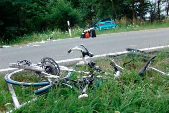 Negyven métert repült az elütött kerékpáros