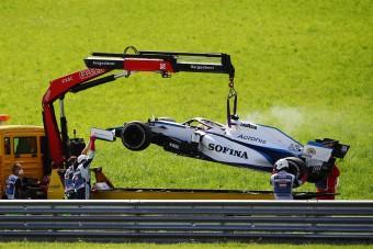 F1: Motorcsere a Williamsnél, Verstappenék megússzák