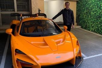 Összetörte méregdrága sportautóját Adrian Sutil
