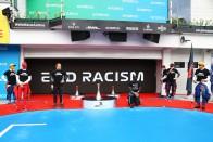 F1: Nem lehet kötelező a térdelés 1
