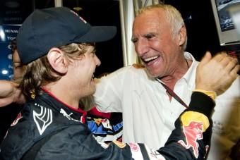 F1: Vettelt akarja a Red Bull-vezér
