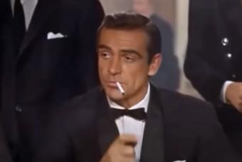 90 éves a legendás színész, aki koporsófényezőként kezdte
