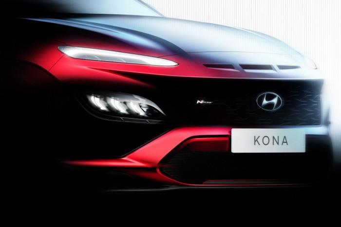 Sportos kompakt modellt vezet be a Hyundai 1