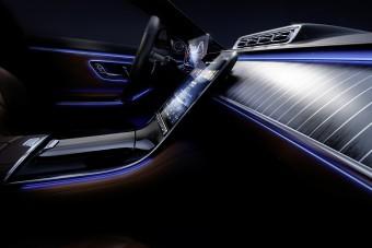 Technológiai erődemonstráció lesz a Mercedes S-osztály utastere