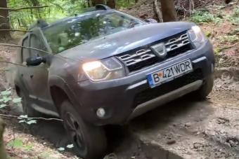 Ezek a videók bizonyítják, hogy a Dacia Duster bírja a kemény terepes kínzást