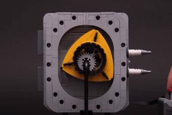 Végre valaki épített egy bolygódugattyús motort LEGO-ból