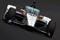 A vert mezőnyben Alonso Indianapolisban 2