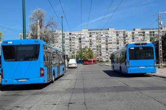 Így utazhatunk tömegközlekedéssel a hosszú hétvégén