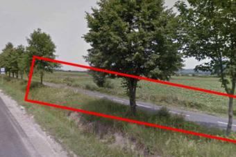Kerékpárúton száguldott egy autós Borsodban