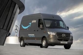 Nagy megrendelést húzott be a Mercedes-Benz