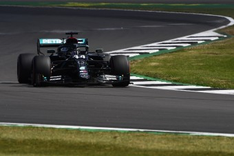 F1: Háromból három a Mercedesnek