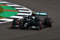 F1: Hatalmas körrekorddal Hamiltoné a brit pole 1