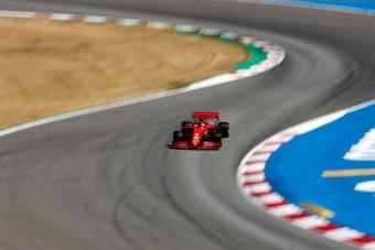 F1: Megint elvérzett Vettel, válaszokat keres