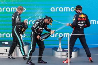 F1: Hamilton elkábult, Verstappen az újabb lepattanónak örül