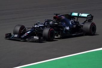 F1: A Mercedes érinthetetlen, maga alá csinált a Ferrari