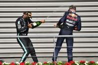 F1: Mi köze van Hamiltonnak a Red Bull pilótáihoz? 1