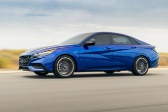 Európa lemarad a merész Hyundai Elantráról