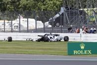 F1: Sokba került a McLarennek a defekt 3